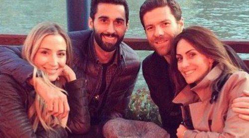 Xabi Alonso y Nagore Aranburu disfrutan de una escapada a Venecia junto a Álvaro Arbeloa y Carlota Ruíz