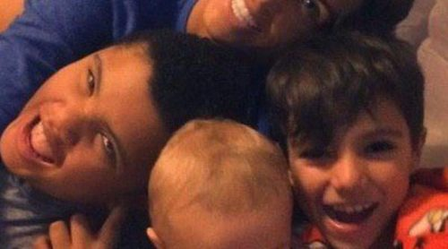 Katie Price presume de sus cinco hijos en las redes sociales