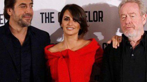 Ridley Scott elogia a Penélope Cruz y llama agonías a Javier Bardem