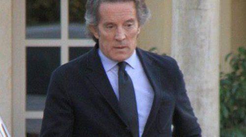 Alfonso Díez se refugia en Carmen Tello y otros amigos para superar la muerte de la Duquesa de Alba