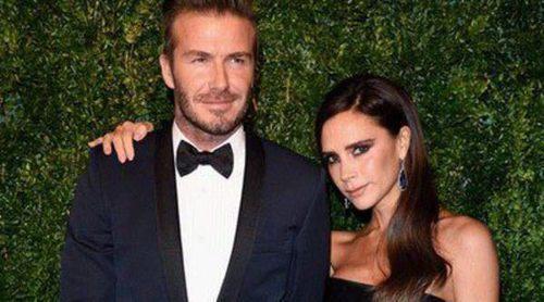 Benedict Cumberbatch, Sienna Miller y David Beckham disfrutan del teatro en los Evening Standard Theatre Awards 2014