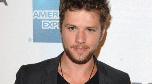 Ryan Phillippe tuvo un accidente con su coche tras chocar contra un árbol