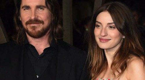 María Valverde se rodea de Christian Bale y Ridley Scott en el estreno de 'Exodus' en Londres