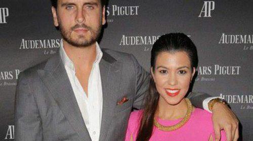 Kourtney Kardashian y Scott Disick se convierten en padres por tercera vez
