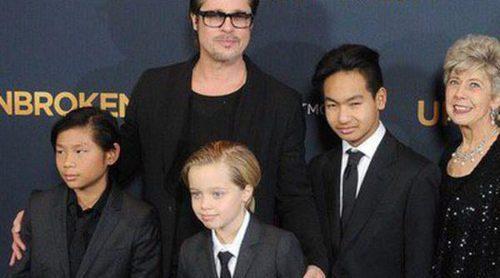 Brad Pitt y sus hijos Pax, Shiloh y Maddox sustituyen a Angelina Jolie en el estreno de 'Unbroken' en Los Angeles