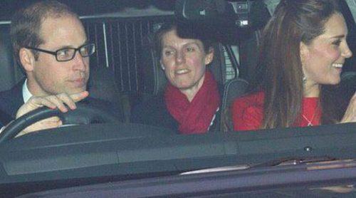 Los Duques de Cambridge y el Príncipe Jorge se unen a la Familia Real Británica en un almuerzo en Buckingham Palace