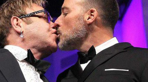 Elton John y David Furnish se casarán el 21 de diciembre en la casa que comparten en Windsor