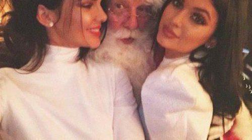 La familia Kardashian-Jenner celebra por todo lo alto la Navidad con una gran fiesta