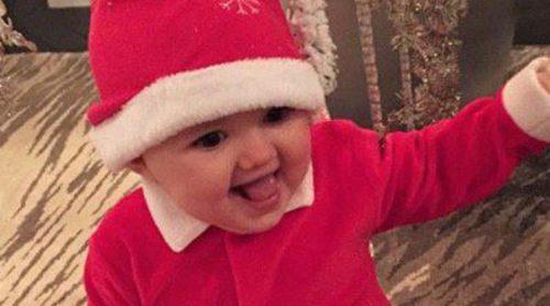 Tamara Ecclestone disfruta de la Navidad junto a la pequeña 'Mamá Noel' Sophia