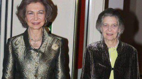 La Reina Sofía y su hermana Irene de Grecia acuden al concierto solidario de la Orquesta de Instrumentos Reciclados de Cateura