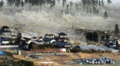Las revueltas árabes, el Movimiento 15-M, el tsunami de Japón y el final de ETA protagonizan los sucesos de 2011