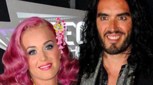 Russell Brand envía un comunicado confirmando que se divorcia de Katy Perry
