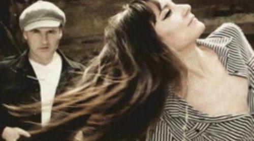 Amaral recibe el triple Disco de Oro por 'Hacia lo salvaje'