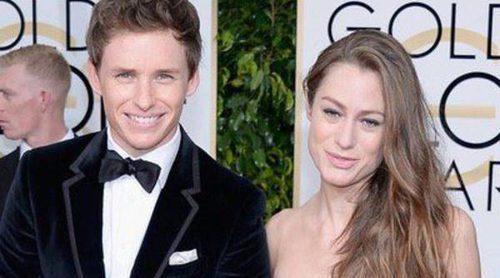 Benedict Cumberbatch y Sophie Hunter, Eddie Redmayne y Hannah Bagshawe y Jennifer Aniston y Justin Theroux: las parejas de los Globos de Oro 2015