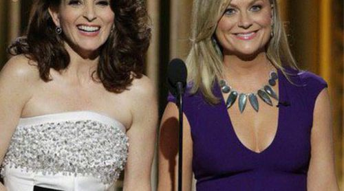 Amy Poehler y Tina Fey bromean sobre las denuncias sexuales contra Bill Cosby en los Globos de Oro 2015