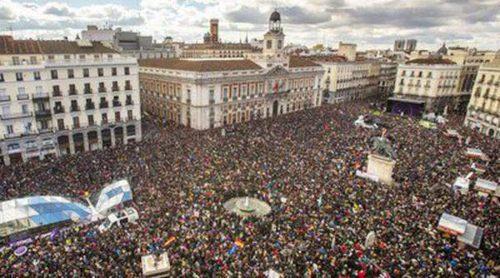 De Carmen Lomana a Gorka Otxoa y Henar Ortiz: Los famosos reaccionan a la multitudinaria 'Marcha del Cambio'