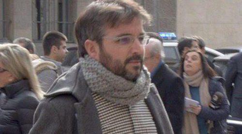 Matías Prats, Patricia Rato, Jordi Évole y Curro Romero acuden al funeral de José María Lara Bosch