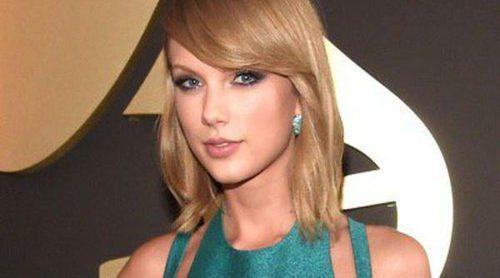 Taylor Swift, Rita Ora y Miley Cyrus protagonizan la alfombra roja de los Premios Grammy 2015