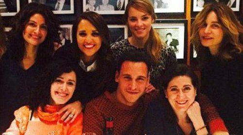 Paula Echevarría muestra el reencuentro de los actores de 'Gran Reserva' en una comida para recordar