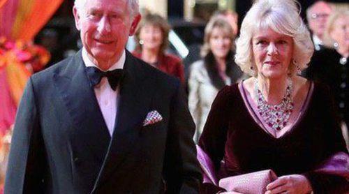 El Príncipe Carlos y Camilla Parker se retiran junto a Judi Dench y Maggie Smith en 'El nuevo exótico Hotel Marigold'