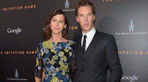 Benedict Cumberbatch y Sophie Hunter vuelven de su luna de miel de lo más relajados