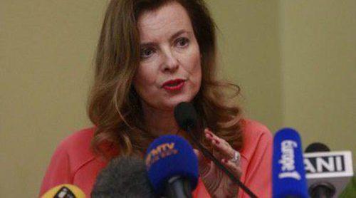 Valérie Trierweiler abofetea a un hombre por preguntarle por su relación con François Hollande