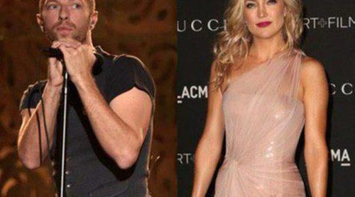 Chris Martin cambia a Gwyneth Paltrow y Jennifer Lawrence por Kate Hudson para pasar un día de playa con sus hijos