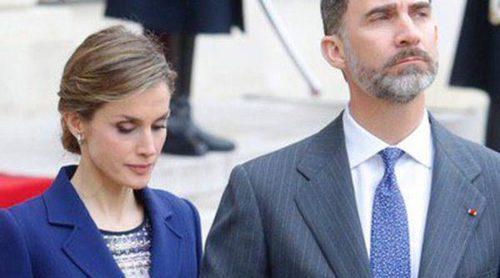 Los Reyes Felipe y Letizia cancelan desde París su Viaje de Estado a Francia tras el accidente del Airbus A320 de Germanwings