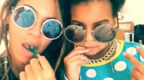 Beyoncé y su hija Blue Ivy se ponen hippies y divertidas para pasar el rato