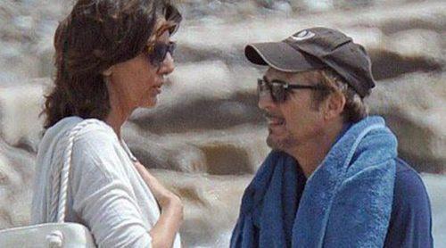 Pastora Vega y Juan Ribó, pasión de Semana Santa en las playas de Marbella