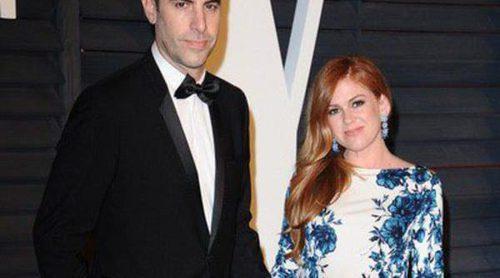 Sacha Baron Cohen e Isla Fisher desvelan el nombre de su tercer hijo: Montgomery Moses Brian