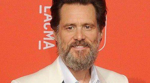 Jim Carrey y su barba celebran el 50 aniversario del LACMA con Naomi Watts y Julie Bowen