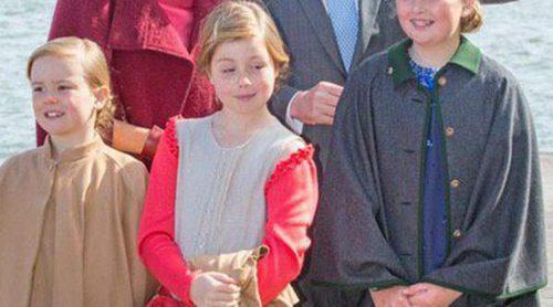 Las Princesas Amalia, Alexia y Ariane de Holanda roban el protagonismo a sus padres en el Día del Rey