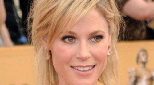 Julie Bowen apoya a su compañera de 'Modern Family' Ariel Winter tras librarse de su madre