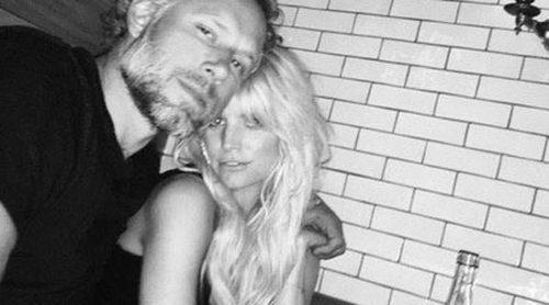 Mucho amor: Jessica Simpson celebra junto a su marido Eric Johnson el día en que se conocieron