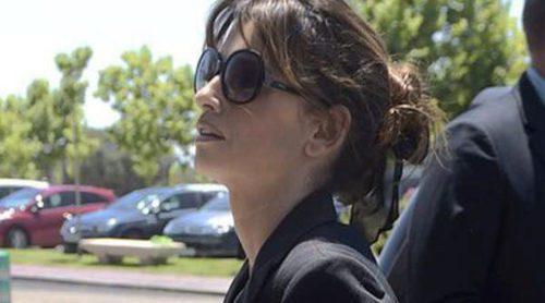 Lolés León y Amaia Montero arropan a Penélope y Mónica Cruz tras la muerte de su padre Eduardo Cruz
