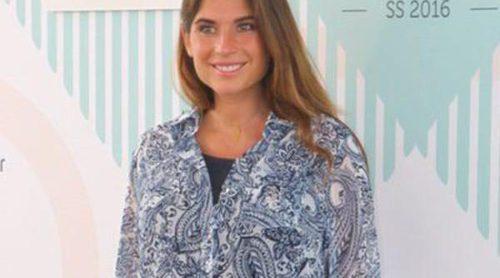 Lourdes Montes se olvida del calor y de su avanzado embarazo para disfrutar de la 080 Barcelona Fashion