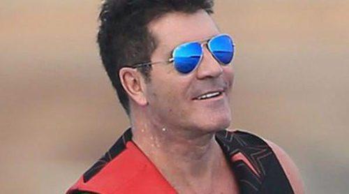 Las vacaciones de Simon Cowell en Ibiza: diversión con amigos y tranquilidad con su familia