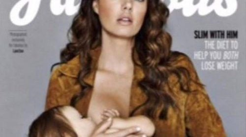Tamara Ecclestone, en el centro de la polémica tras publicar imágenes dando de mamar a su hija