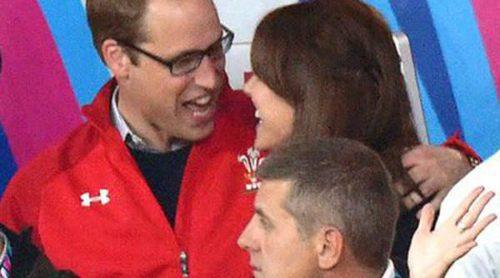 El Príncipe Guillermo y Kate Middleton, cómplices y enamorados en el Mundial de Rugby