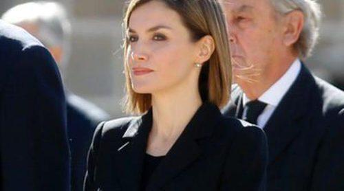 Los Reyes Felipe y Letizia marcan distancias con la Infanta Cristina en el funeral del Duque de Calabria
