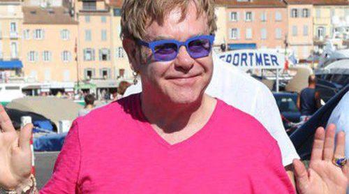 El chollazo de Elton John: compra una lujosa mansión 19 millones de libras por debajo de su precio de venta