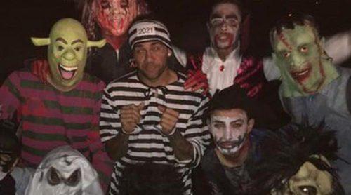 Marc Bartra, Neymar Jr, Luis Suárez, Piqué y Jordi Alba la lían la noche de Halloween