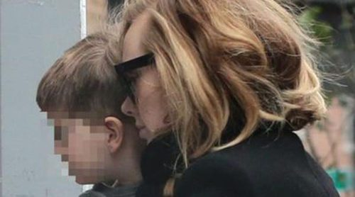 Adele comparte la alegría del lanzamiento de su disco '25' con su hijo Angelo en Nueva York