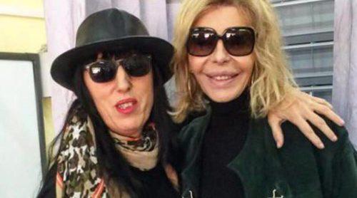 Eugenia Silva, Paula Echeverría y Bibiana Fernández comparten su alegría por votar en las elecciones del 20D