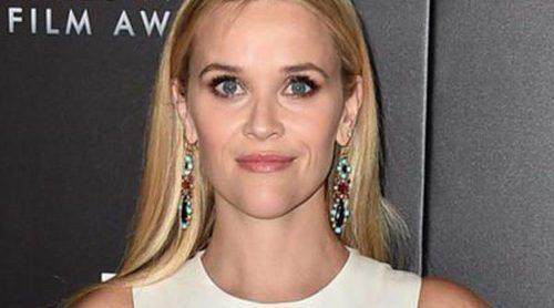 Reese Witherspoon y Danny Devito expresan su malestar ante la ausencia de actores negros nominados a los Oscar 2016