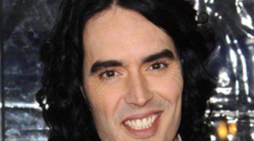 Russell Brand quiere olvidar a Katy Perry conquistando a Zooey Deschanel