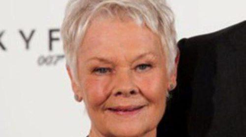 Judi Dench sufre una enfermedad visual degenerativa que puede derivar en ceguera