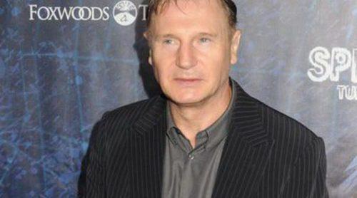 Liam Neeson niega que Kristen Stewart sea su enamorada, ¿con quién celebrará San Valentín?