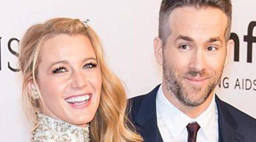 Blake Lively presume de marido y Nicky Hilton de embarazo en la Gala amfAR 2016 de Nueva York